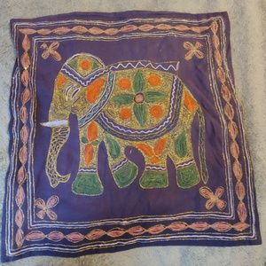 Accessories - 🛍* FINAL PRICE * Elephant 'throw pillow' cover